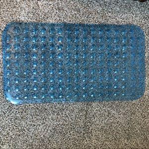 ✨4 for $5. Plastic shower matt.